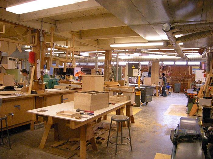 Làm sao để chọn được xưởng sản xuất nội thất đảm bảo uy tín chất lượng1 - Làm sao để chọn được xưởng sản xuất nội thất đảm bảo uy tín chất lượng