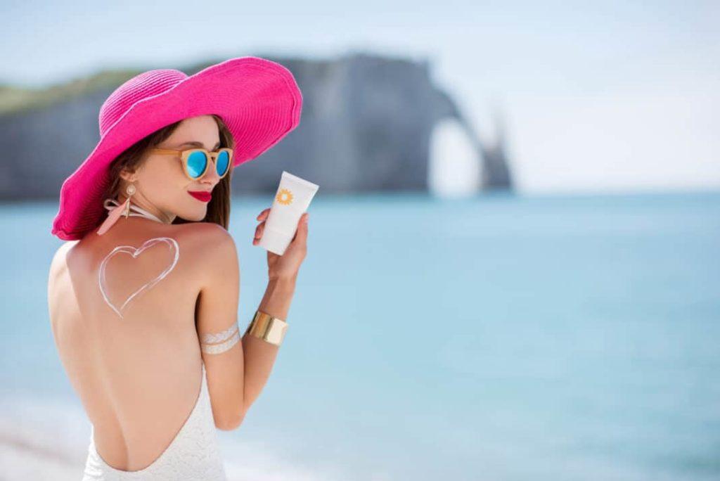 Kinh nghiệm chọn kem chống nắng cho da khô 2 1024x684 - Kinh nghiệm chọn kem chống nắng cho da khô