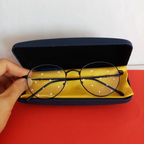 Chọn kính không độ nữ bảo vệ mắt che khuyết điểm khuôn mặt. 500x500 - Chọn kính không độ nữ bảo vệ mắt che khuyết điểm khuôn mặt